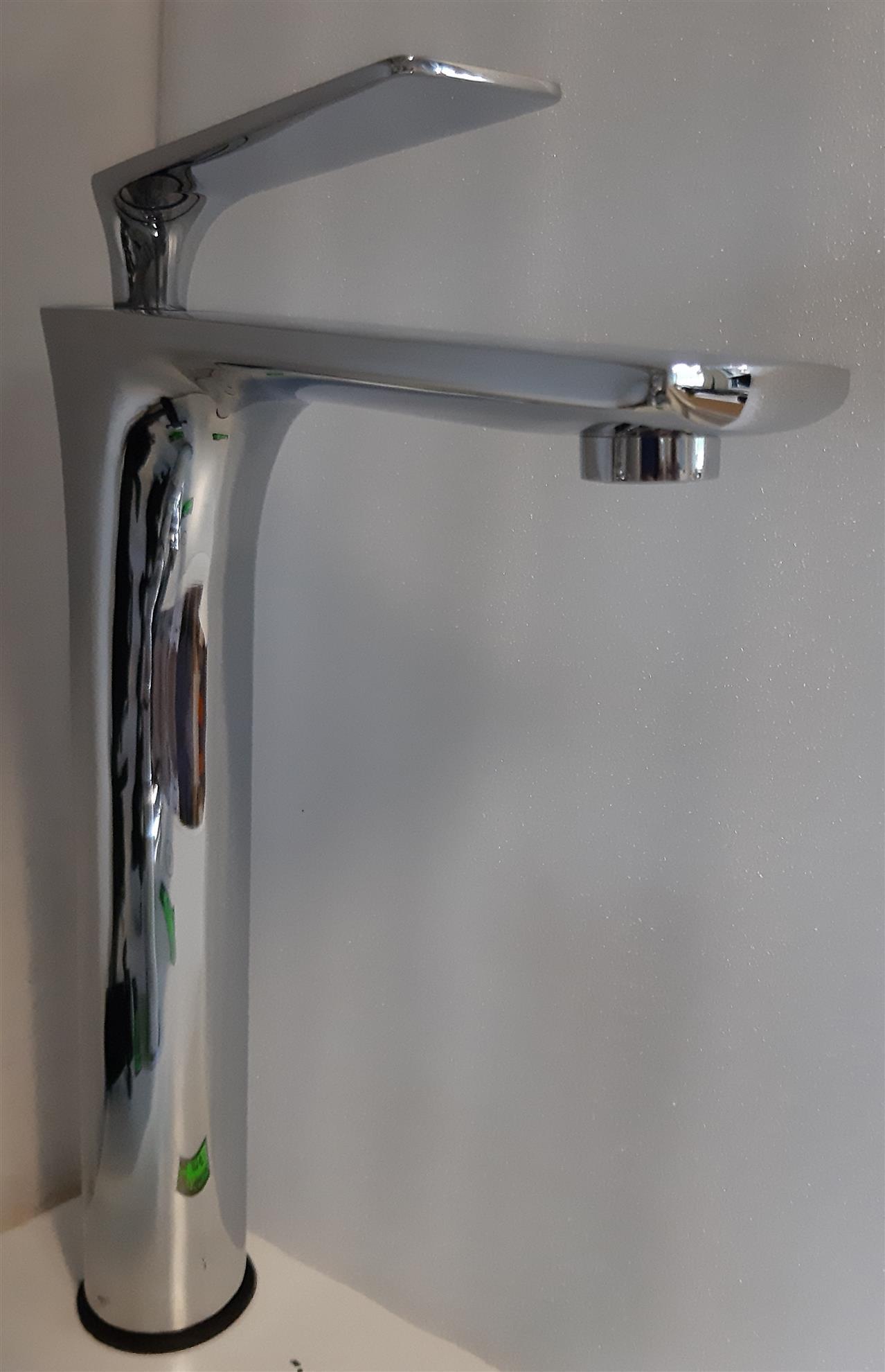 Obrazek Bateria wolnostojąca umywalkowa